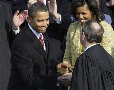Capt.6d27f6b4f20945fab28e3d2ed09b45fc.obama_inauguration_caps146