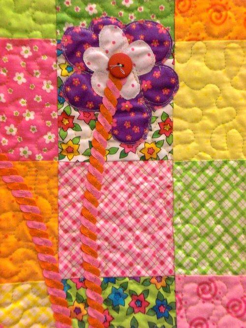 Flower quilt close