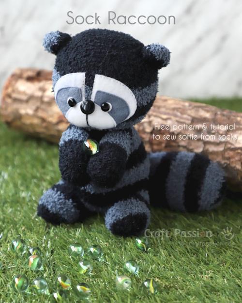 Sock-raccoon-1